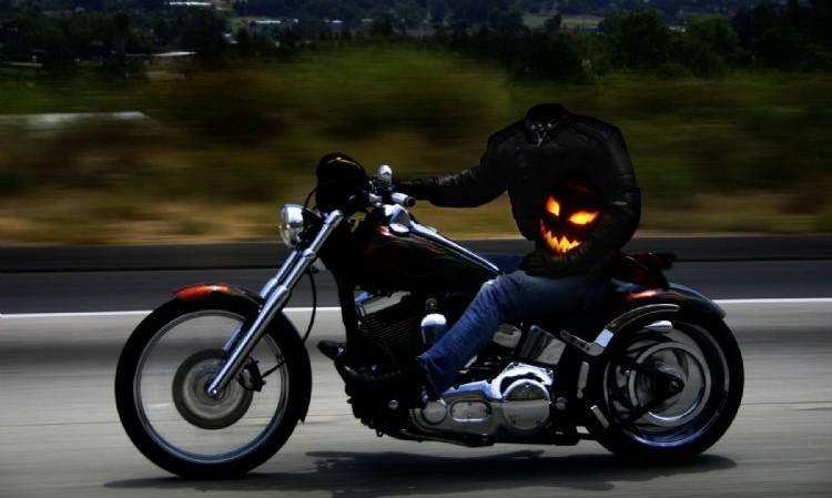 The headless rider of Elmore , Ohio