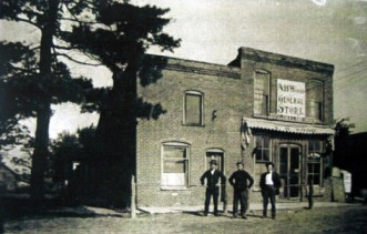 A. H. Wood general store early 1900s (note the pine tree)